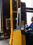 Fast shipping with the use of forklifter trucks.